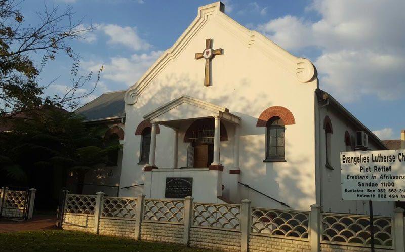 Die Afrikaanse Evangelisch-Lutherische Christusgemeinde In Piet Retief
