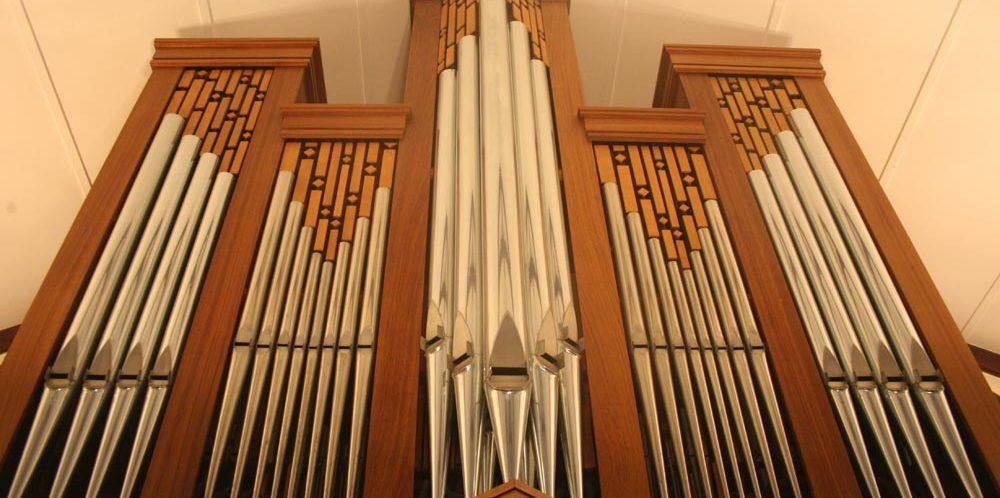 Nuwe Orrel in Kerk