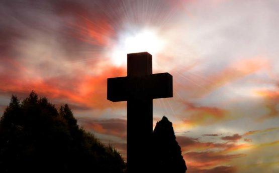 Corona-Virus-Jesus-Cross