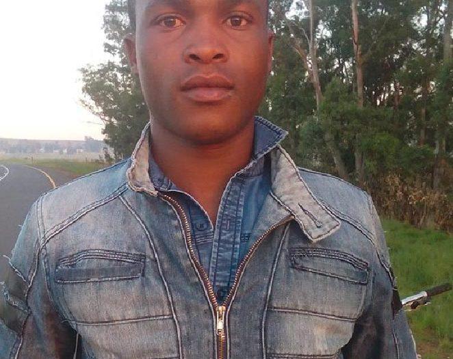 Thulani Zum Ersten Mal Im Gottesdienst